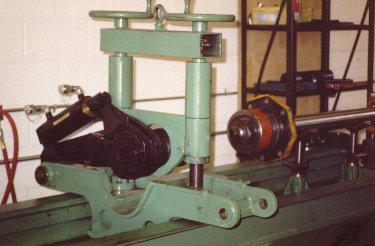 Hydraulic Cylinder Bench Showing Torque Wrench W Capacity Of 8